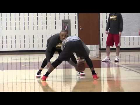 Cavaliers Kyrie Irving on the practice