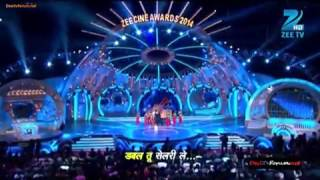 Shahrukh Khan performance at awards. one of the best!