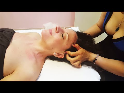 Chinese Girl powerful Girl Head Massage  - ASMR video