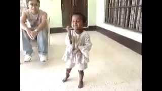 Funny comedy dance by small boy on Tujhe dekh dekh hasna