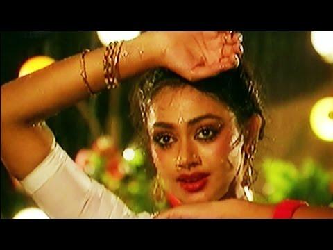 Xxx Mp4 Iru Vizhiyin Romantic Tamil Song Rajinikanth Shobana Ilaiyaraaja Siva SP Balu Chithra 3gp Sex