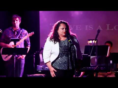 "Keala Settle- ""Love is a Losing Game"" at Broadway Sings Amy Winehouse"