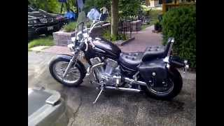 1996 Suzuki Intruder 1400cc Cold Start.3GP