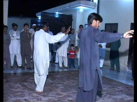 Sardar Nadeem Arshad Khan of Dhok Sherfa dist. Attock wedding Gana great Luddi Super dance.1