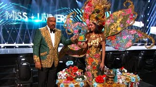 Steve Harvey Flubs Costume Winner of Miss Universe Pageant
