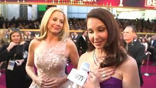 Ashley Judd shows off #TimesUp diamond ring at Oscars