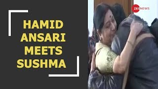 Hamid Ansari and family meets EAM Sushma Swaraj