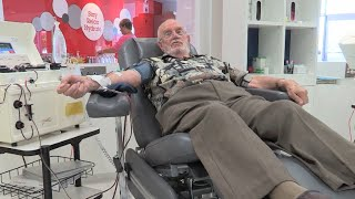 Australian Blood Donor Saves 2 Millions Babies with Special Right Arm