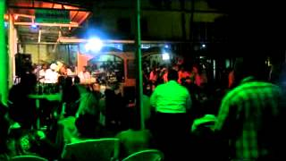 Iyo manzi wararaye, Karaoke Galerie Alexander