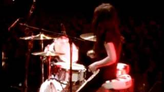 The White Stripes - Ball And Biscuit - Under Blackpool Lights