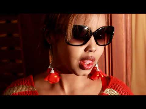 Fatima Haryan CALOLYOW Official Music Video HD
