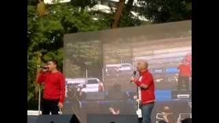 Eat Bulaga - Chater Garden HK (Nov. 2, 2014) Jose and Wally Mash-up songs