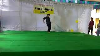 Indian college girls dance video//Hindi //Malayalam//Telugu