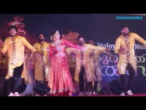 Xxx Mp4 Anusree Nair Performs A Dance In Cochin Fiesta Shopping Carnival Manorama Online 3gp Sex