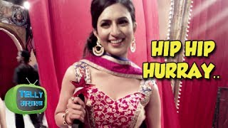 Star Parivaar Awards 2014 - Divyanka Tripathi Bags 4 Trophies
