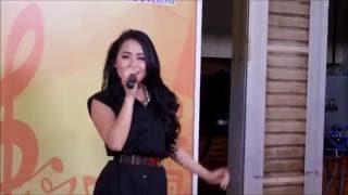 Dewi Luna Uget Uget Live di (Radio Dangdut Indonesia) RDI