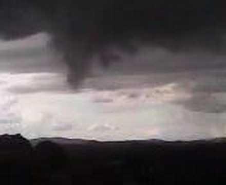 Tornado em curitiba no bairro pilarzinho