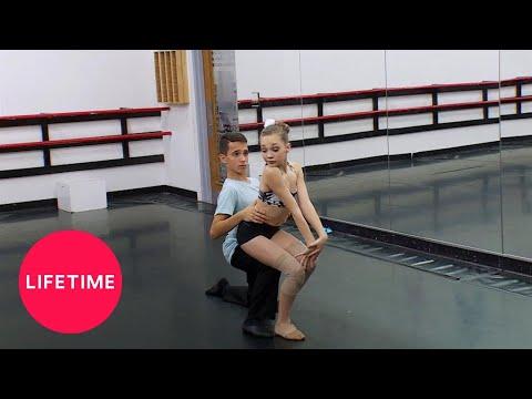 Xxx Mp4 Dance Moms Dance Digest Quot That Girl Has Gotta Be Kissed Quot Season 4 Flashback Lifetime 3gp Sex