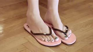 Foot Fetish Model - Leanna - Flip Flops
