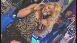 Liz en Fiesta fin de año Venevision