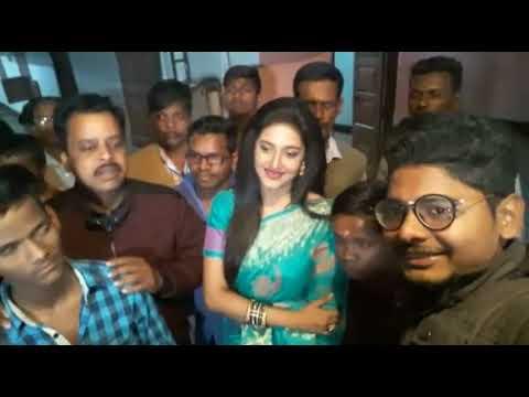 Xxx Mp4 Varsha Priyadarshini Di Facebook Live 3gp Sex