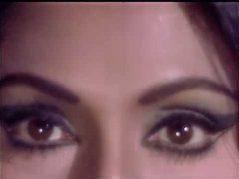 Bindu And Anil Dhawan Kissing Scene - Hawas - Lovemaking In Bedroom