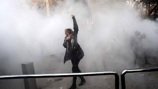 Anti-government protests spread in Iran, garner U.S. praise