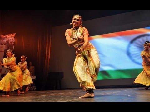 Aamir Khan , Kamal Hassan & Shobana's dance performance @ CIFF | 4TamilMedia