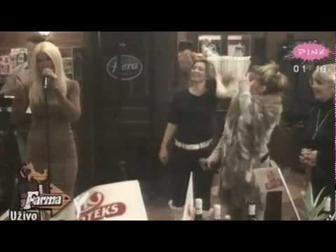 Jelena Karleusa - Jos te volim (Live@Farma3, 14.12.2010.)