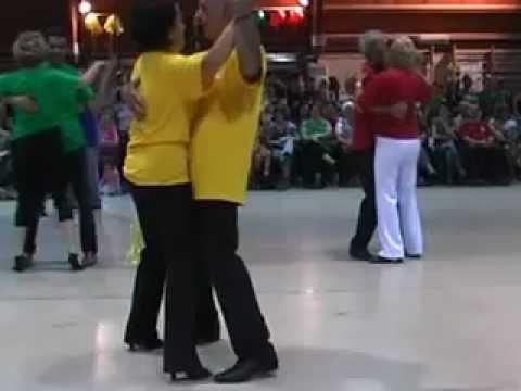 Ballo di Coppia Baciata 1