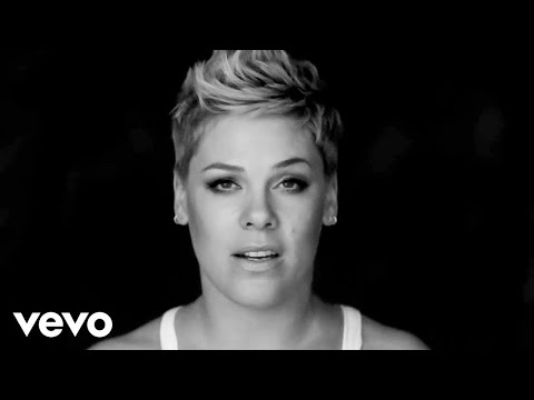Xxx Mp4 P Nk Wild Hearts Can T Be Broken Official Video 3gp Sex