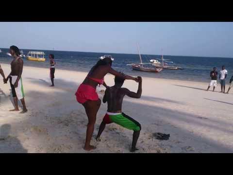 Funny Kenyan women on the beach