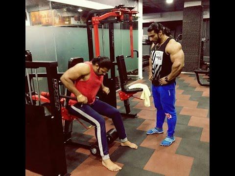 Marathi tv star Devdatta Nage working out  with sangram chougule