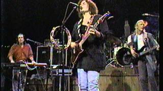 Roseanne Cash-Green, Yellow And Red