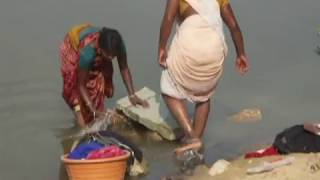 India, women wash clothes