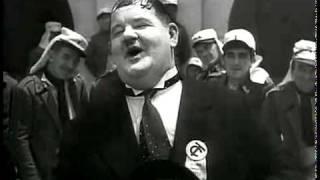Laurel & Hardy - A Zonzo (Guardo gli Asini che Volano...).avi
