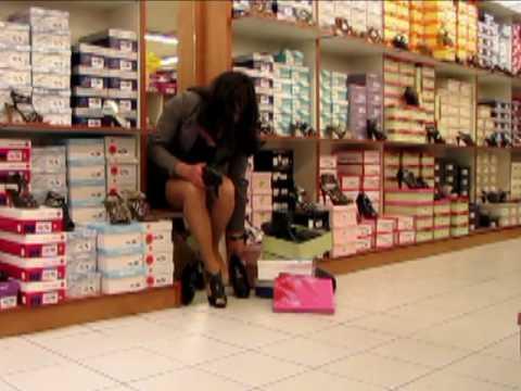 Xxx Mp4 Street Walk Amp High Heels Shopping Transvestite Crossdresser 3gp Sex