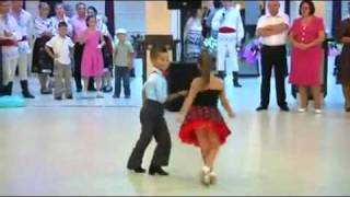 Awesome Dancing Kids Video