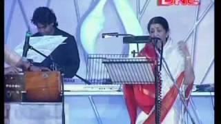 jiya jale by  Lata, a r rahman live concert