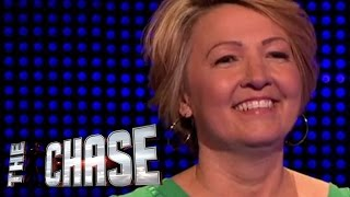 The Chase - Shirley Sold Some £5 Arsenal Shirts For £975!