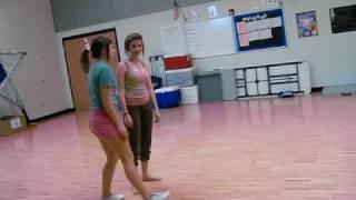 WHITE GIRLS VS. BLACK GIRLS (DANCE OFF)
