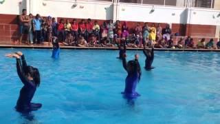Divakarla Neeharika water dance
