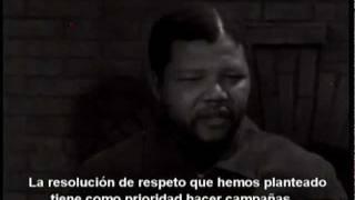 Primera entrevista en televisón de Nelson Mandela (En español)