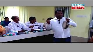 Unique Protest of Sarpanch In Hinjili, Beats Gong In Panchayat Samiti Meet