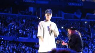 Justin Bieber - Sorry [Acoustic] [Forgets Lyrics, Asks Fans & Trips]