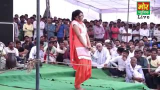 Hot indian girl mujra in a heavy crowd