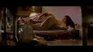 Delhi Belly movie Hot Scene And Kissing