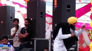 Babbu maan insult kanwar grewal live show ludhaina
