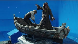 Pirates of the Caribbean: Salazar's Revenge - Behind the Scenes: Ghost Sharks Attack - Disney NL