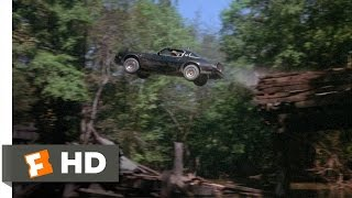 Smokey and the Bandit (6/10) Movie CLIP - Jumping Mulberry Bridge (1977) HD
